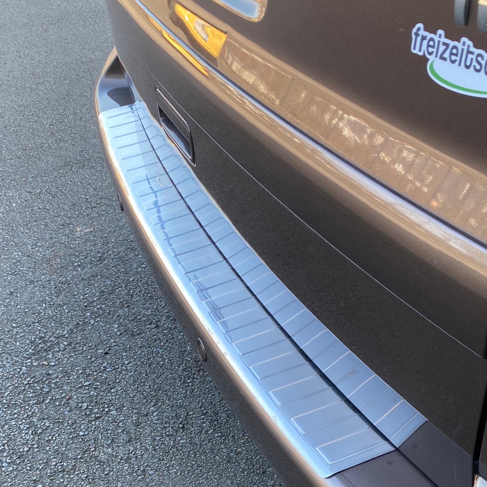 Ladekantenschutz   Edelstahl   passend für VW T5 03-15, Multivan, Caravelle